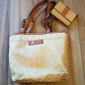 Baby yellow coach purse with matching wallet